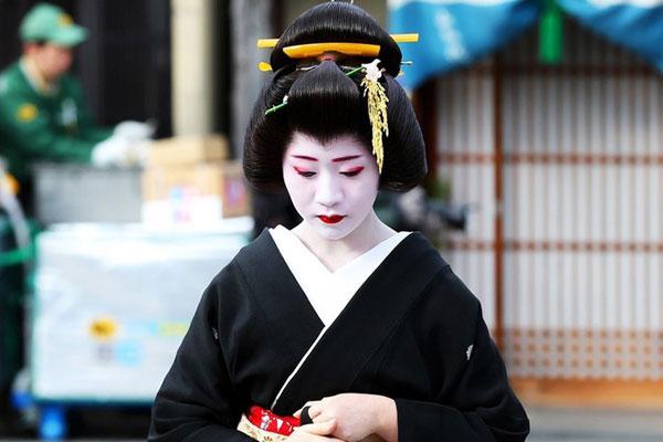 Làm thế nào để nhận biết một Geisha