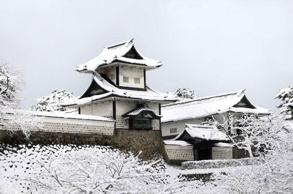 Lâu đài Kanazawa