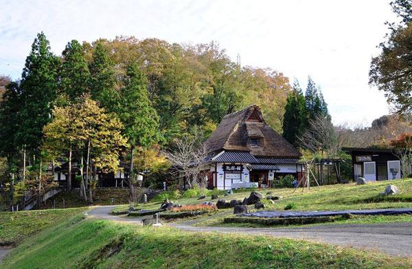 Làng nghề thủ công Kaga - Yunokuni no Mori