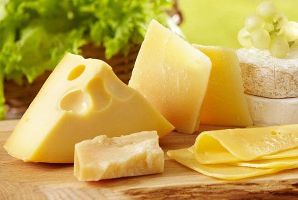Phô mai làm từ sữa bò của Zao